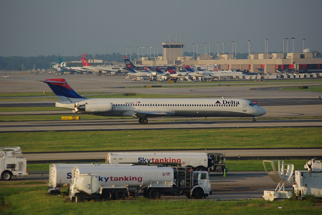 McDonnell Douglas MD-88 of Delta Air Lines at Hartsfield-Jackson Atlanta International Airport