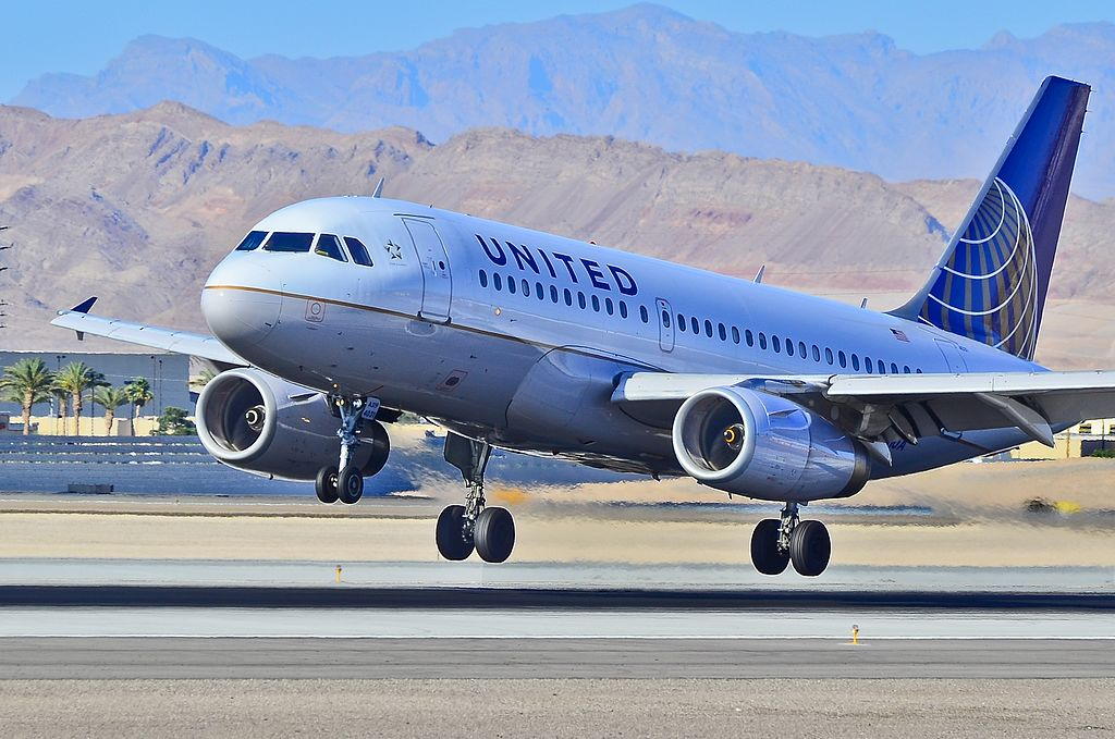N831UA United Airlines Fleet Airbus A319-131 Las Vegas - McCarran International (LAS : KLAS) USA - Nevada