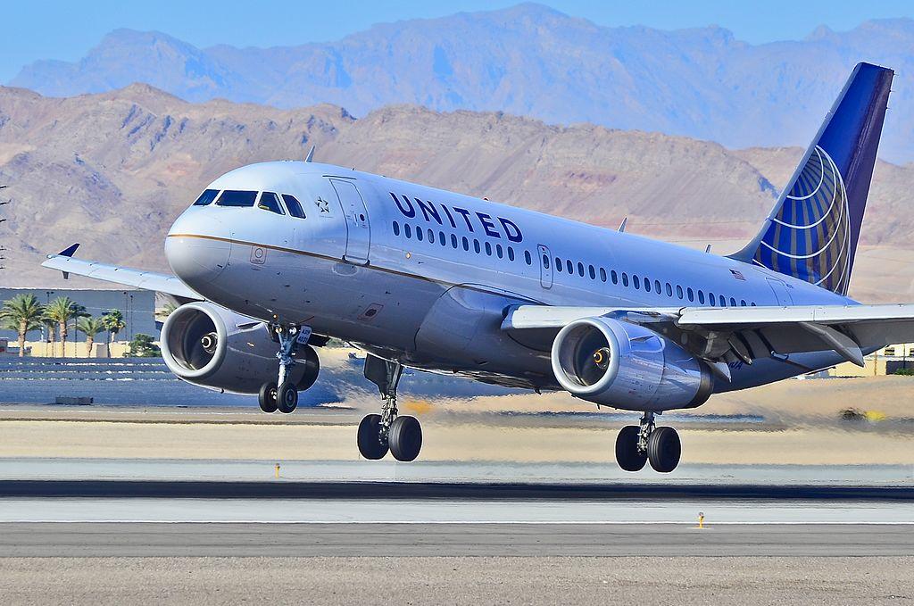N831UA United Airlines Fleet Airbus A319-131 Las Vegas - McCarran International (LAS : KLAS) USA - Nevada