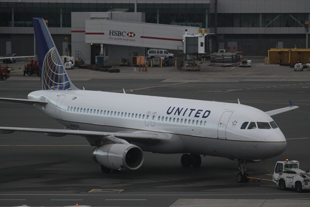 United Airlines Airbus A320-200 N466UA taxiing at YYZ Toronto Pearson International Airport