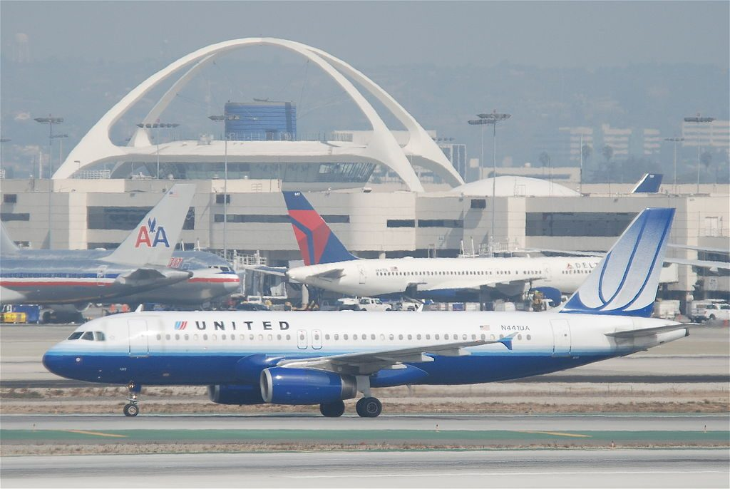 United Airlines Aircraft Airbus A320-232; N441UA @LAX Los Angeles International Airport
