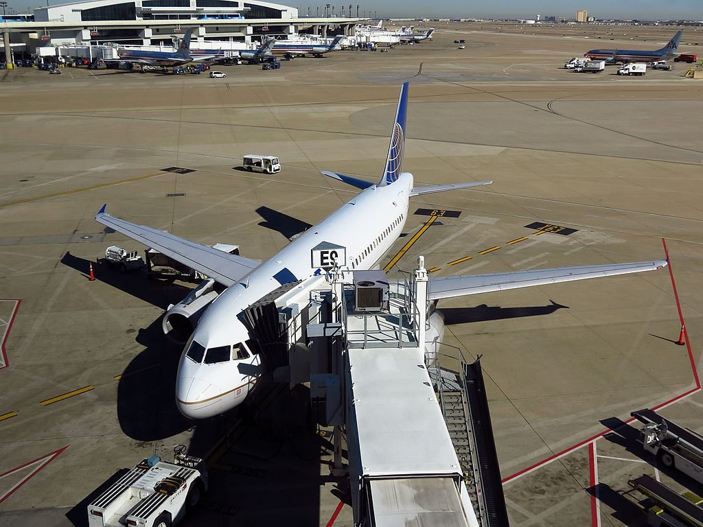 United Airlines Aircraft Fleet N405UA Airbus A320-200 on boarding gate at Dallas:Fort Worth International Airport