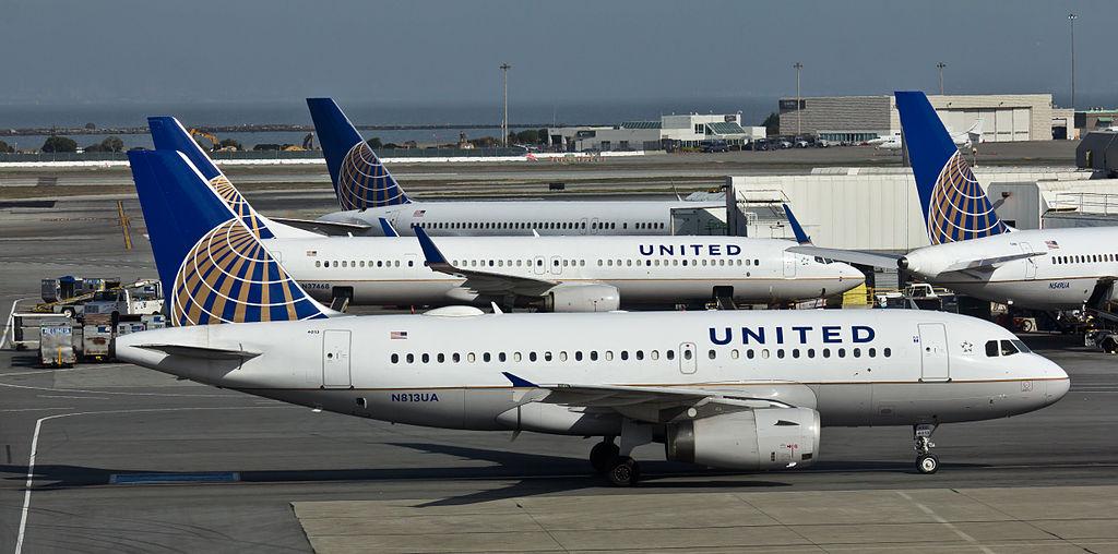 United Airlines Aircraft Fleet - N813UA - Airbus A319 - San Francisco International Airport