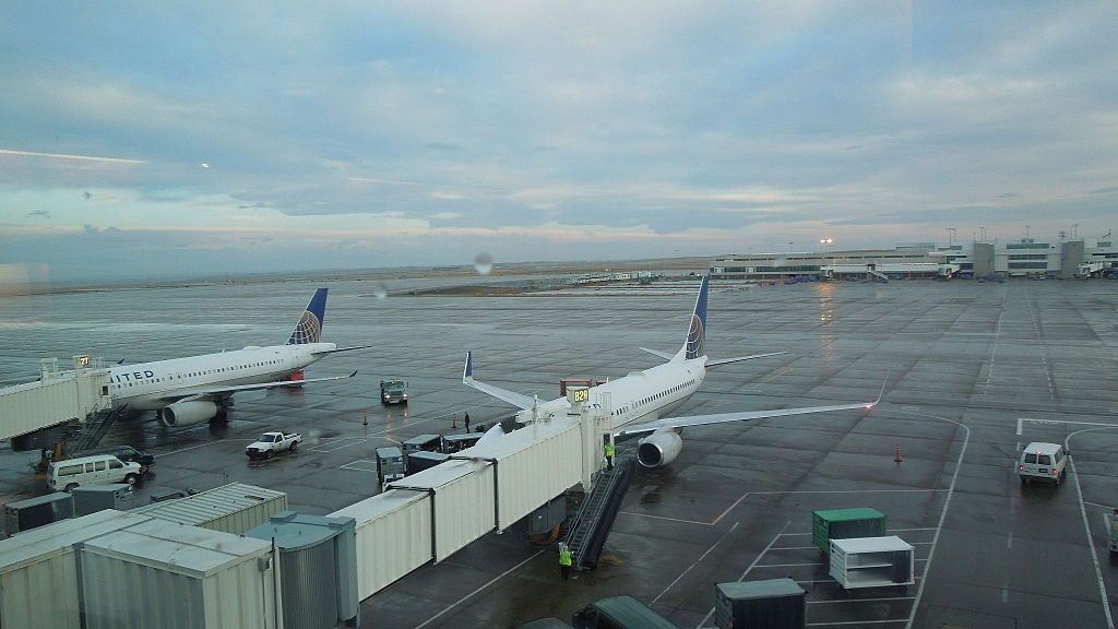 United Airlines Fleet Airbus A320-200 and Boeing 737-900ER at Denver International Airport