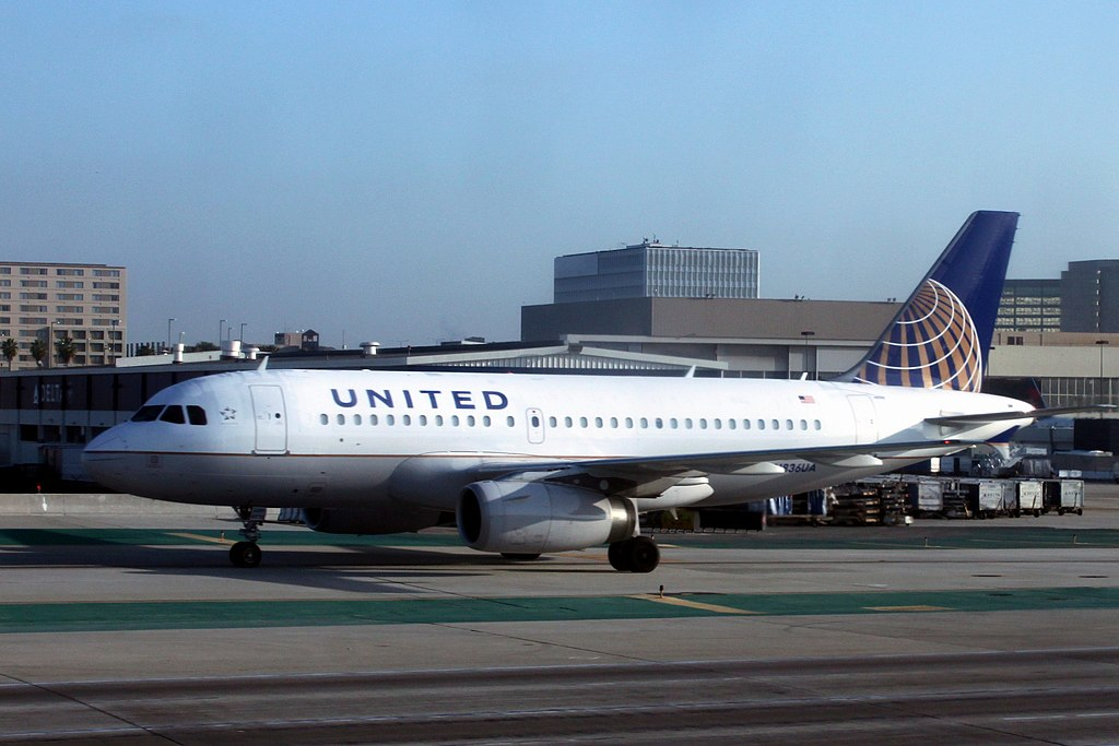 United Airlines Fleet N836UA Airbus A319-131 with Continental Airlines Logo ~ approximately 1 year after the merger LAX International Airport
