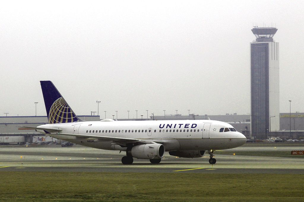 United Airlines Fleet N854UA Airbus A319-131 cn:serial number- 1731 at Chicago O'Hare International Airport
