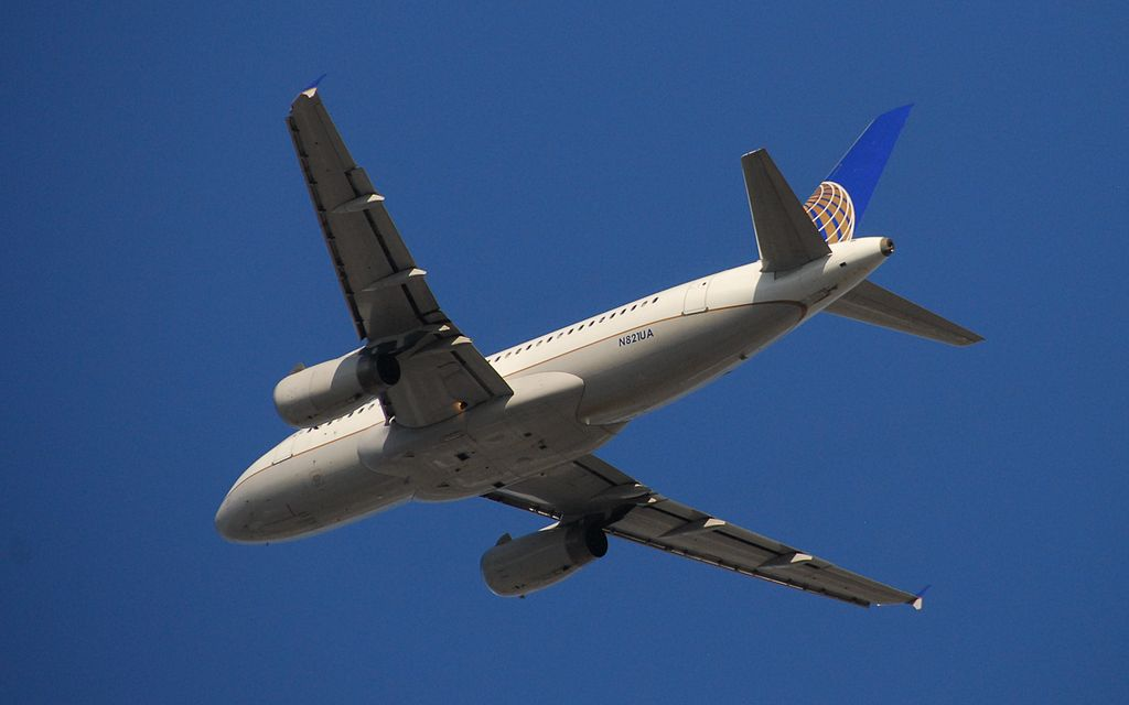 United Airlines FleetmAirbus A319-131 - N821UA-4021 - Flight UAL582 from YYZ to ORD
