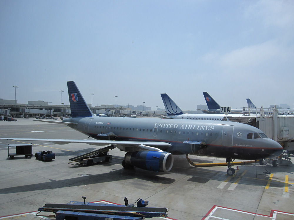 United Airlines Narrow Body Aircraft N848UA Airbus A319-131 cn:serial number- 1647 on boarding gate at LAX