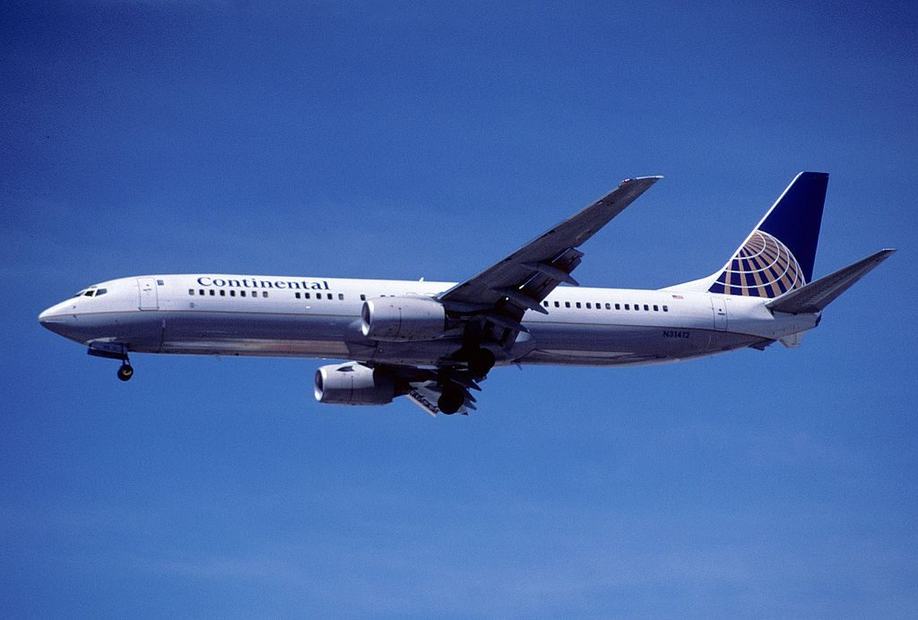 Boeing 737-924 cn:serial number- 30129:1112 United Airlines Fleet N31412 (ex-Continental) on final approach at LAS