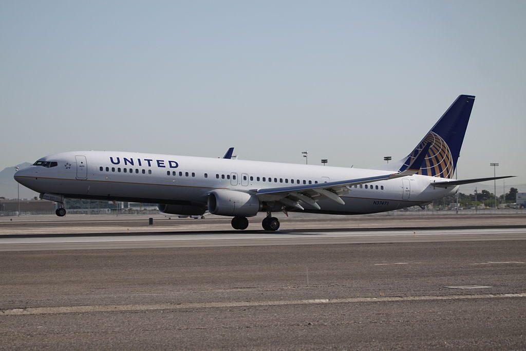 Boeing 737-924ER cn:serial number- 37102:4408 delivered to United Airlines as N37471 in April 2013 at Las Vegas McCarran International Airport