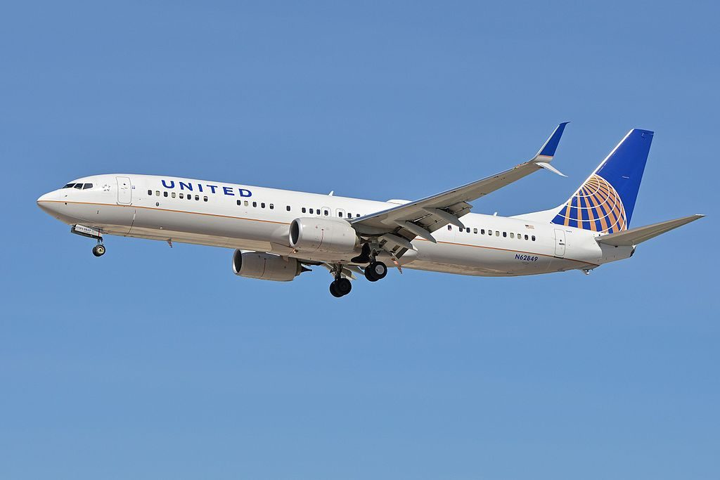 Boeing 737-924ER(w) 'N62849' United Airlines Fleet c:n 42204, l:n 5366. Built 2015. Seen arriving on flight UAL1930 from New York (Newark). McCarran International Airport, Las Vegas, NV, USA
