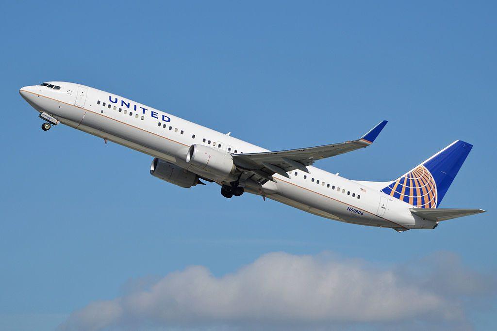 Boeing 737-924ER(w) 'N69804' United Airlines c:n 42816, l:n 4614. Built 2013. Seen departing LAX