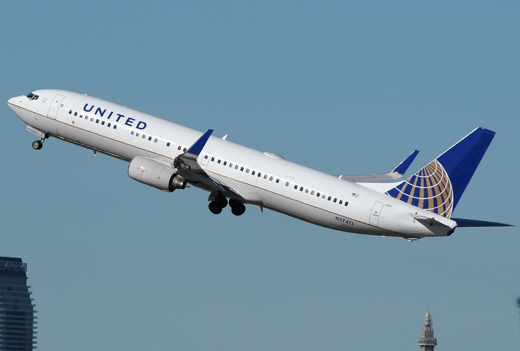 United Airlines Fleet Boeing 737-900ER Details and ... - photo#47