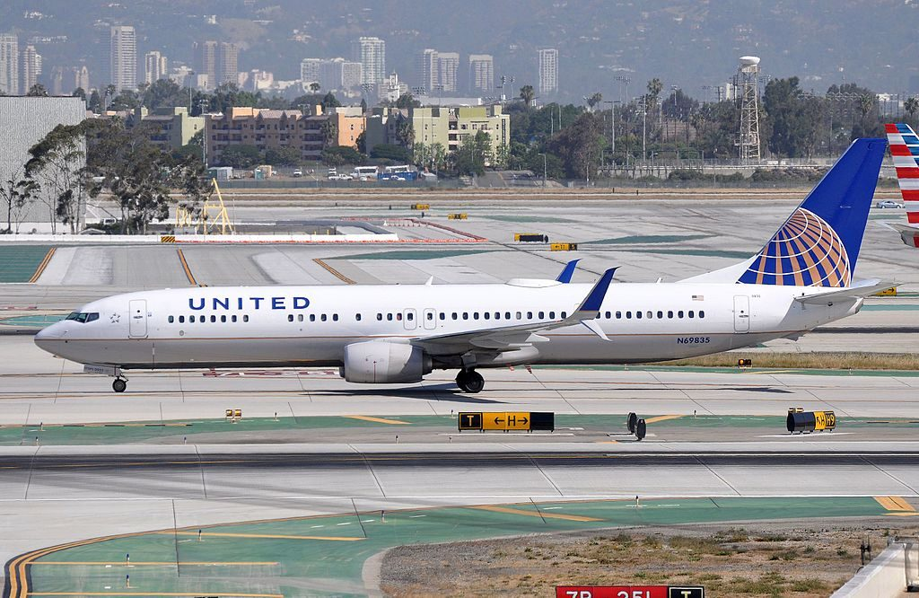 MSN 60087 LN 5107 B737-924ER : 737 : 737-900 : 737-900ER UNITED AIRLINES N69835 LAX AIRPORT