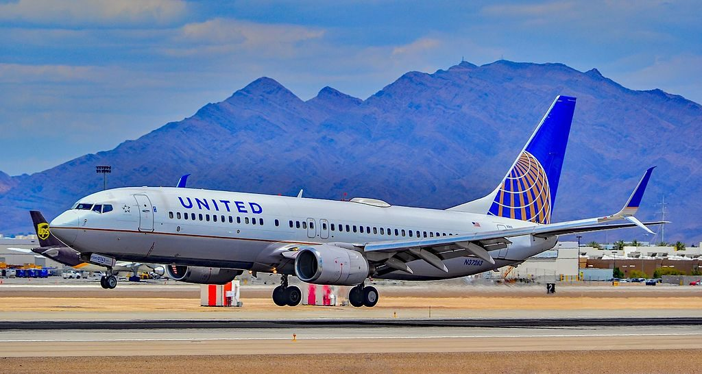 N37263 United Airlines Aircraft Fleet Boeing 737-824 cn 31583-906 landing at Las Vegas - McCarran International Airport (LAS : KLAS) USA - Nevada