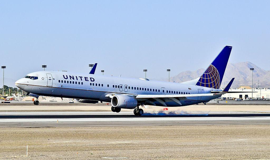 N37419 United Airlines Fleet 2008 Boeing 737-924ER C-N 31666 landing at Las Vegas - McCarran International (LAS : KLAS) USA - Nevada