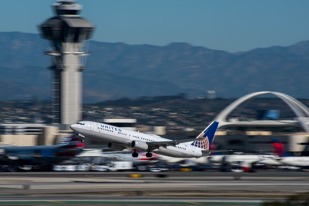 N66803 United Airlines Fleet Boeing 737-924(ER)(WL) departing LAX Los Angeles International Airport