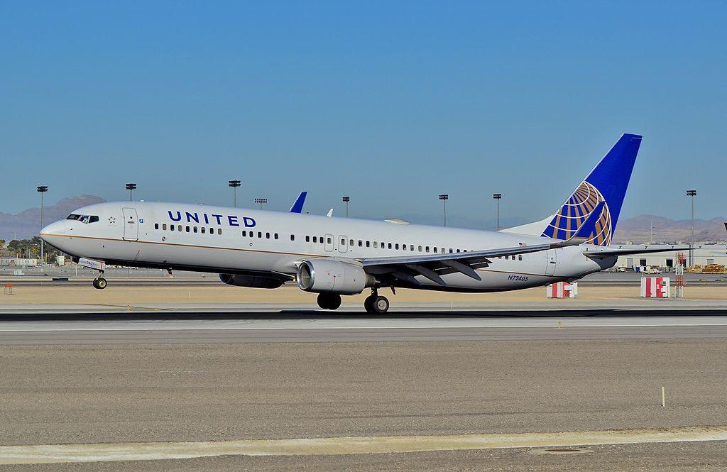 N72405 United Airlines Fleet Boeing 737-924 N72405 landing and takeoff at McCarran International Airport (KLAS) Las Vegas, Nevada