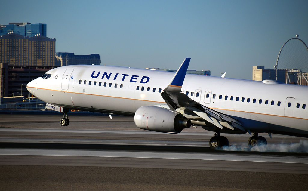 N75425 United Airlines Aircraft Fleet (ex-Continental) Boeing 737-900ER photos
