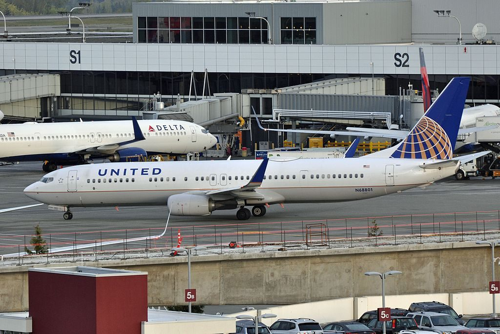 United Airlines Aircraft Fleet Boeing 737-924(ER)(WL), N68801 - SEA Seattle–Tacoma International Airport