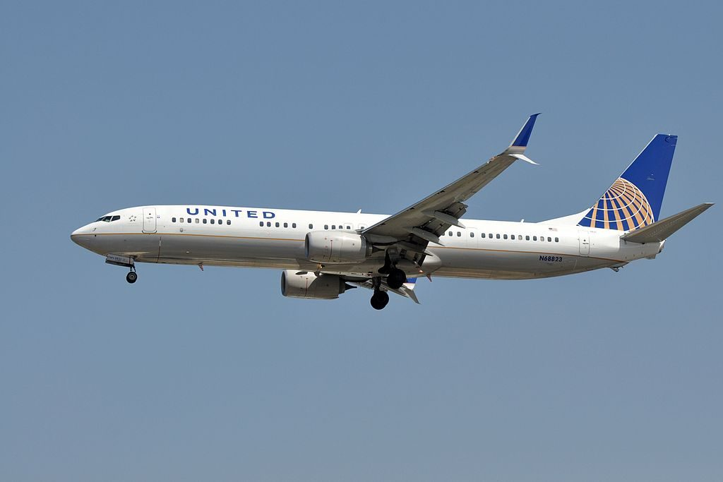 United Airlines, Boeing 737-924(ER)(WL), N68823 - LAX