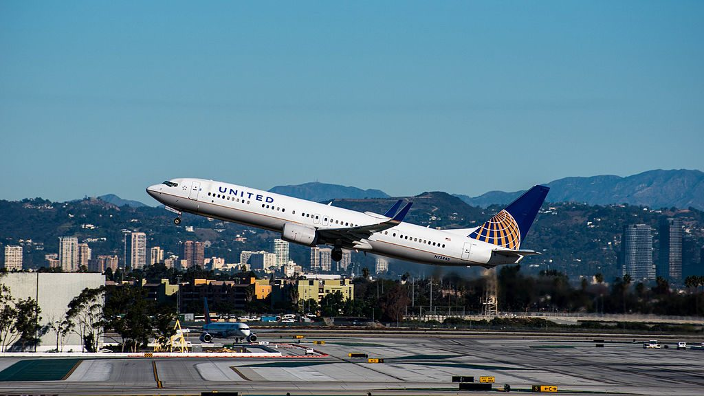United Airlines, Boeing 737-924(ER)(WL), N73445 Departing LAX