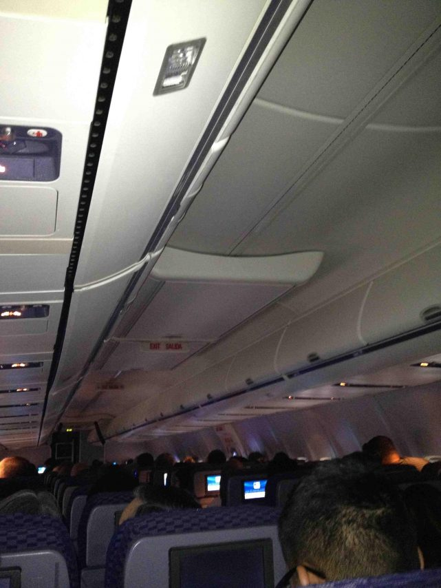 United Airlines Fleet Boeing 737-700 Cabin Interior Economy Plus and Economy Class