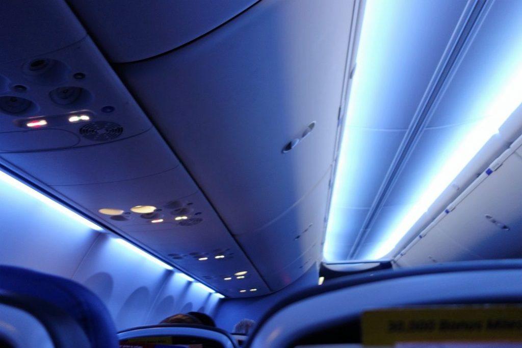 United Airlines Fleet Boeing 737-900 Main Cabin Economy Class Mood Lightning Panel Photos