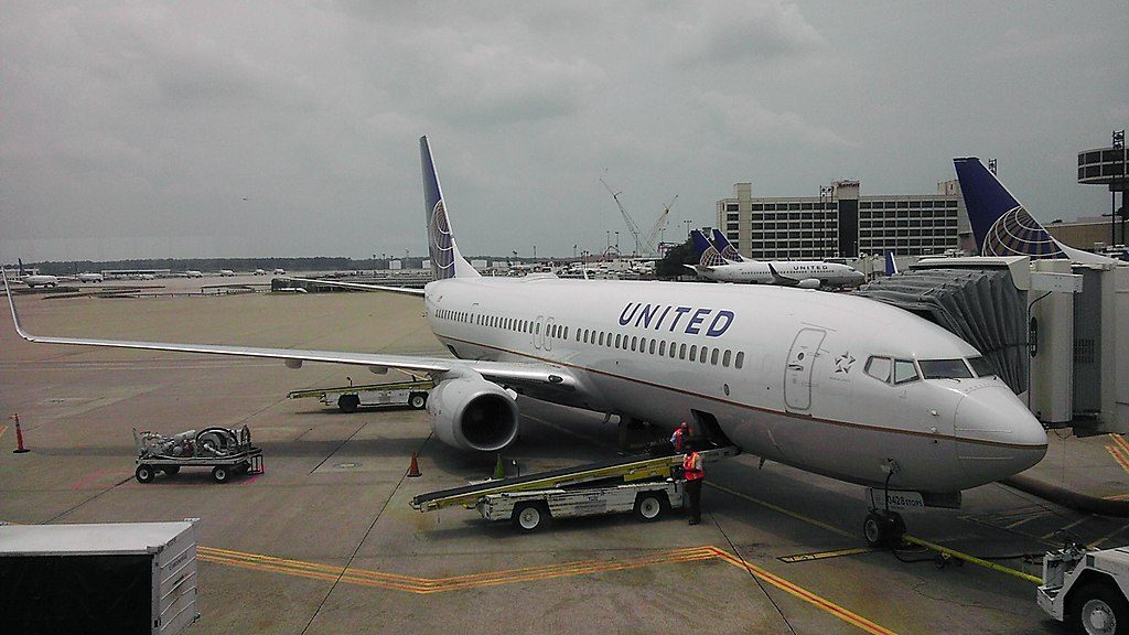 United Airlines Fleet Boeing 737-924-ER N75428 Waiting at the gate at Houston Intercontinental Airport