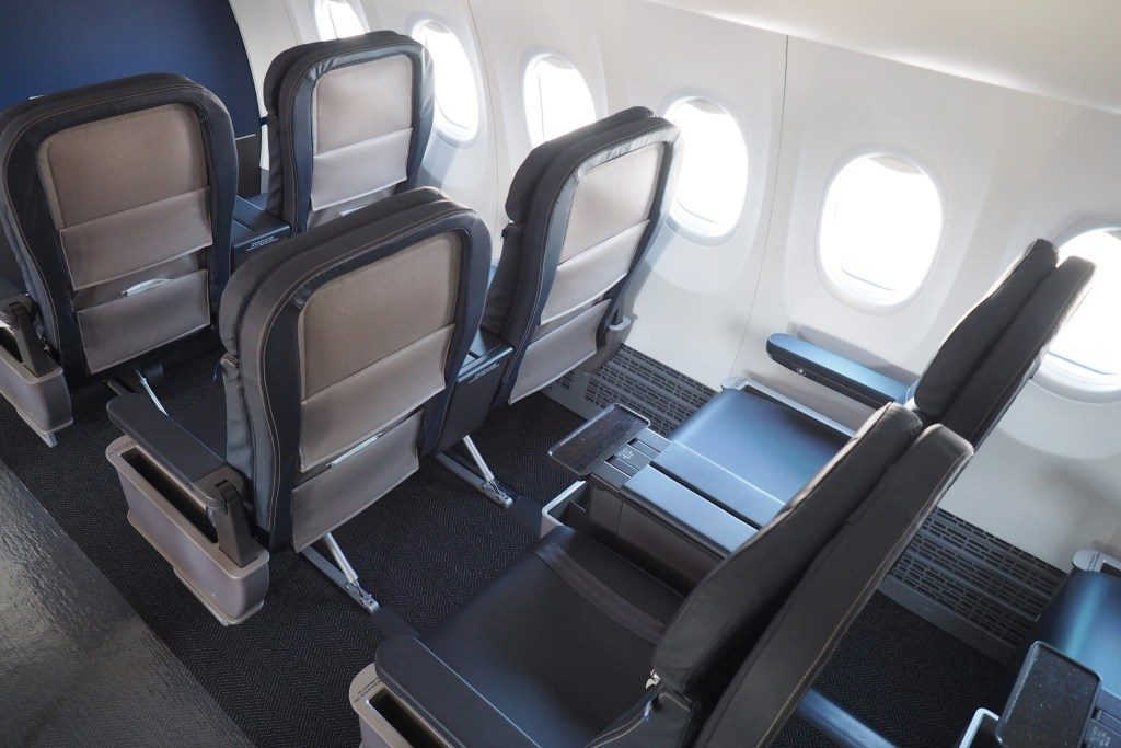 United-Airlines-Fleet-Boeing-737-Max-9-Aircraft-Seating-Chart-and-Seat-maps-First-Class-Seats-to-Pick-Rows-2-3-or-4.jpg