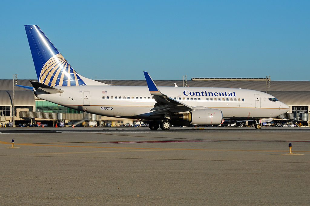 United Airlines Fleet N15710 (ex Continental Airlines) Boeing 737-724 cn:serial number- 28780:94 Narrow Body Aircraft photos