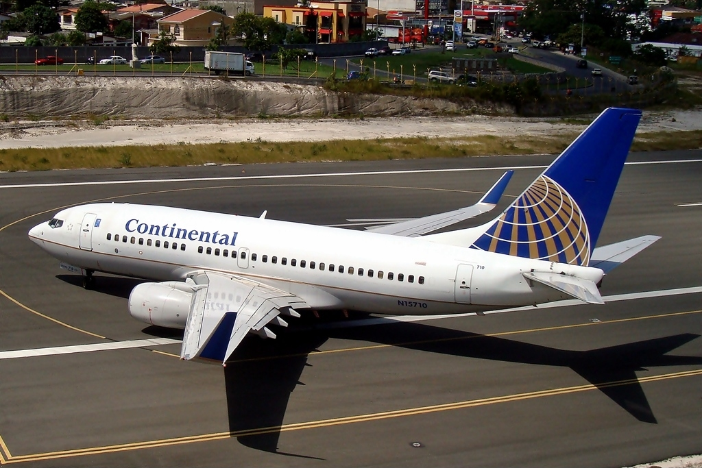 United Airlines Fleet N15710 (ex Continental Airlines) Boeing 737-724 cn:serial number- 28780:94 taxiing at Tegucigalpa Toncontin Int'l - MHTG, Honduras