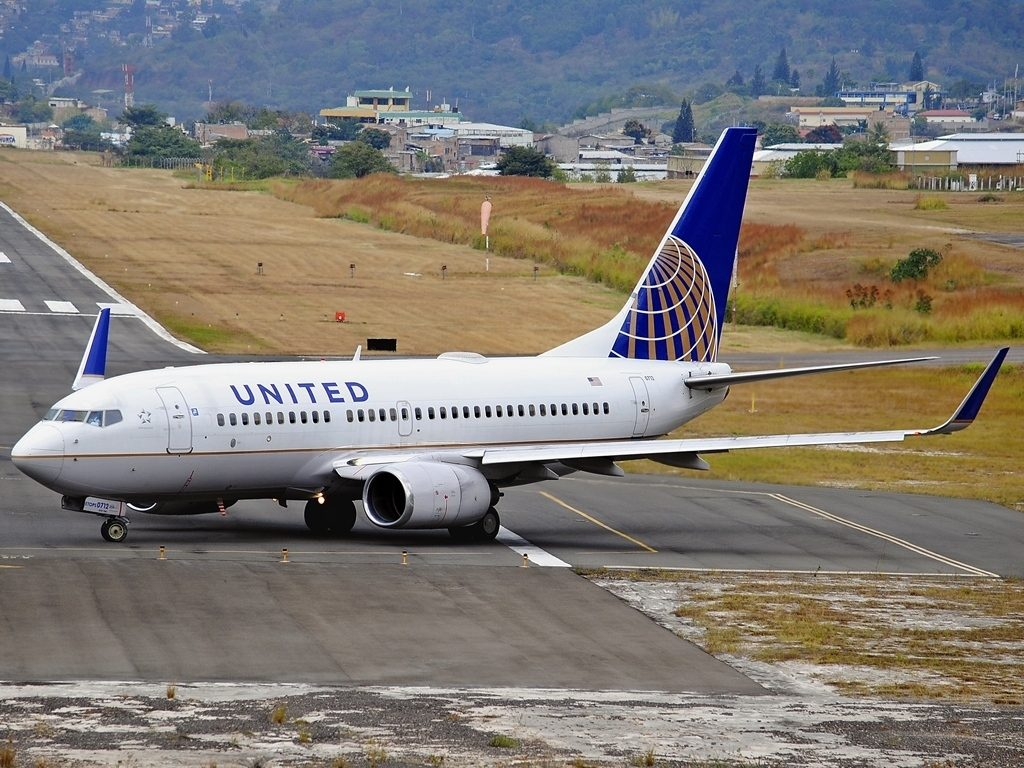 United Airlines Fleet N15712 (ex Continental Airlines) Boeing 737-724 cn:serial number- 28783:105 taxiing on runway at Tegucigalpa Toncontin Int'l - MHTG, Honduras
