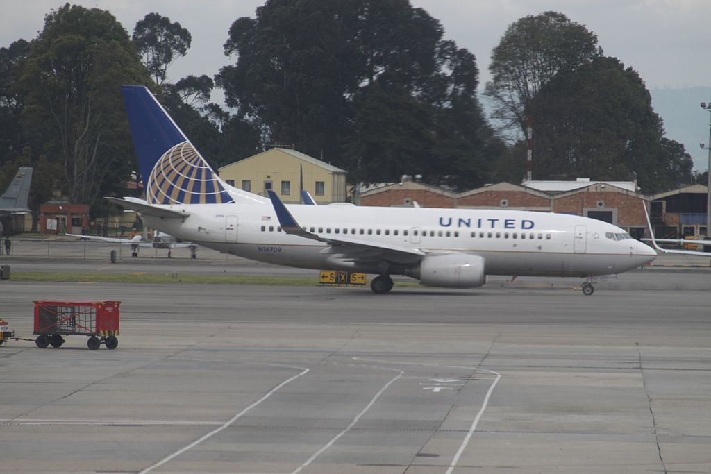United Airlines Fleet N16709 (ex Continental Airlines) Boeing 737-724 cn:serial number- 28779:93 At Bogota El Dorado International