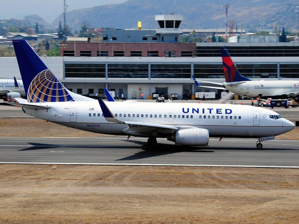 United Airlines Fleet N24715 (ex Continental Airlines) Boeing 737-724 cn:serial number- 28786:125 taxiing on runway at Tegucigalpa Toncontin Int'l - MHTG, Honduras
