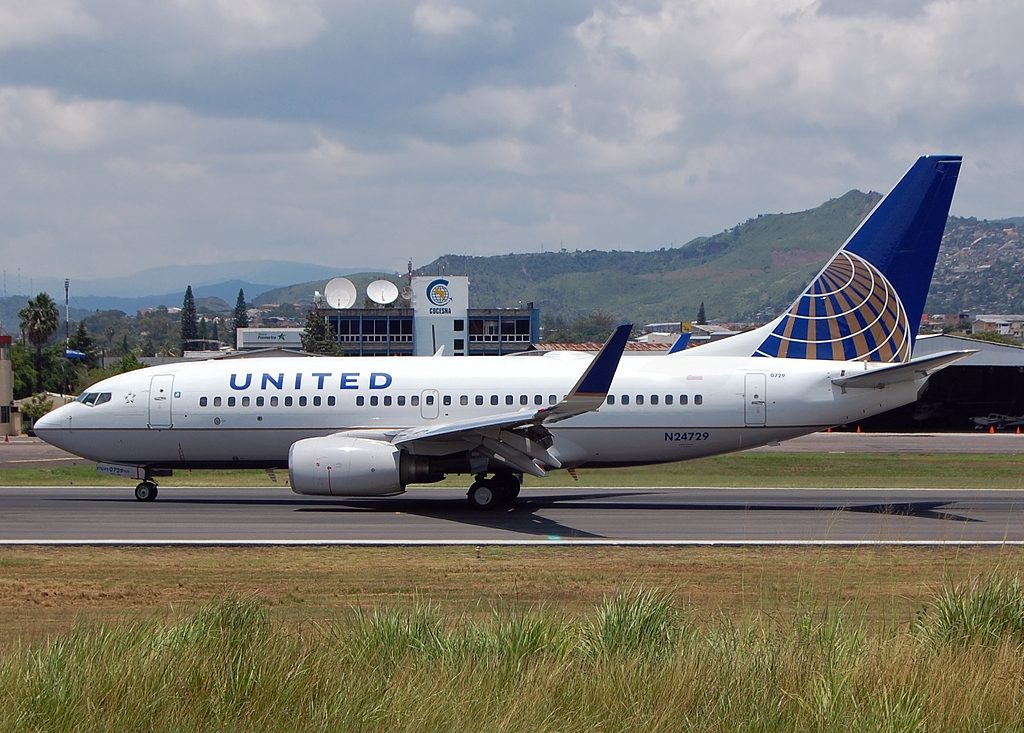 United Airlines Fleet N24729 (ex Continental Airlines) Boeing 737-724 cn:serial number- 28945:325 taxiing at Tegucigalpa Toncontin Int'l - MHTG, Honduras