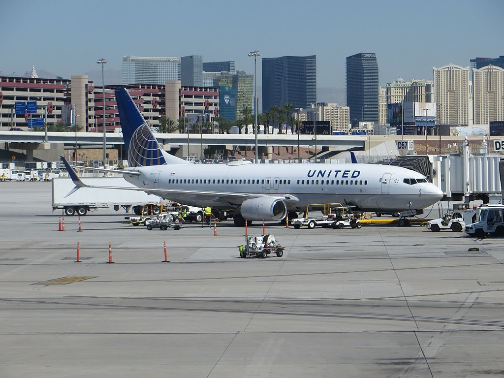 United Airlines Fleet N37273 Boeing 737-800 on boarding gate at McCarran Airport, Las Vegas