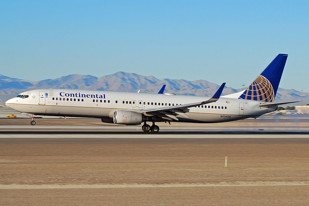 United Airlines Fleet N73406 (ex-Continental) Boeing 737-924 at McCarran International Airport