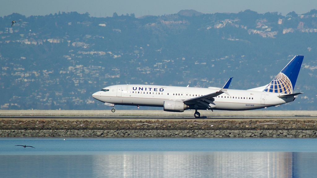 United Airlines Narrow Body Aircraft Boeing 737-824(WL) N27205 at San Francisco International Airport