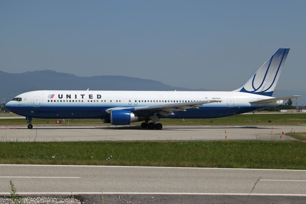 Boeing 767 322ER United Airlines Fleet N641UA taxiing at GVA Geneva Geneve Cointrin Switzerland
