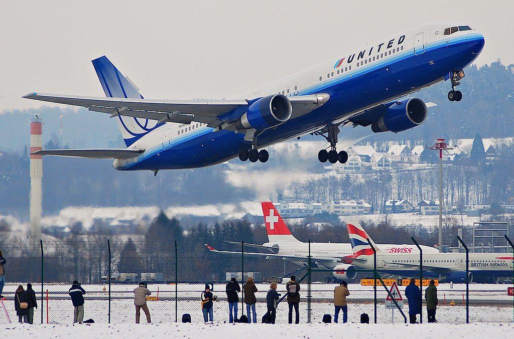 Boeing 767 322ER cnserial number 25283420 United Airlines Aircraft Fleet N646UA departure ZRH Zurich Airport Kloten