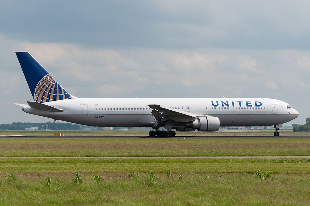 Boeing 767 322ER cnserial number 25284424 United Airlines Wide Body Aicraft Fleet N647UA at Amsterdam Airport Schiphol IATA AMS ICAO EHAM