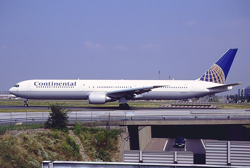 Boeing 767 424ER cnserial number 29446799 United Airlines Fleet N66051 ex Continental at Paris Charles de Gaulle Roissy CDG LFPG France