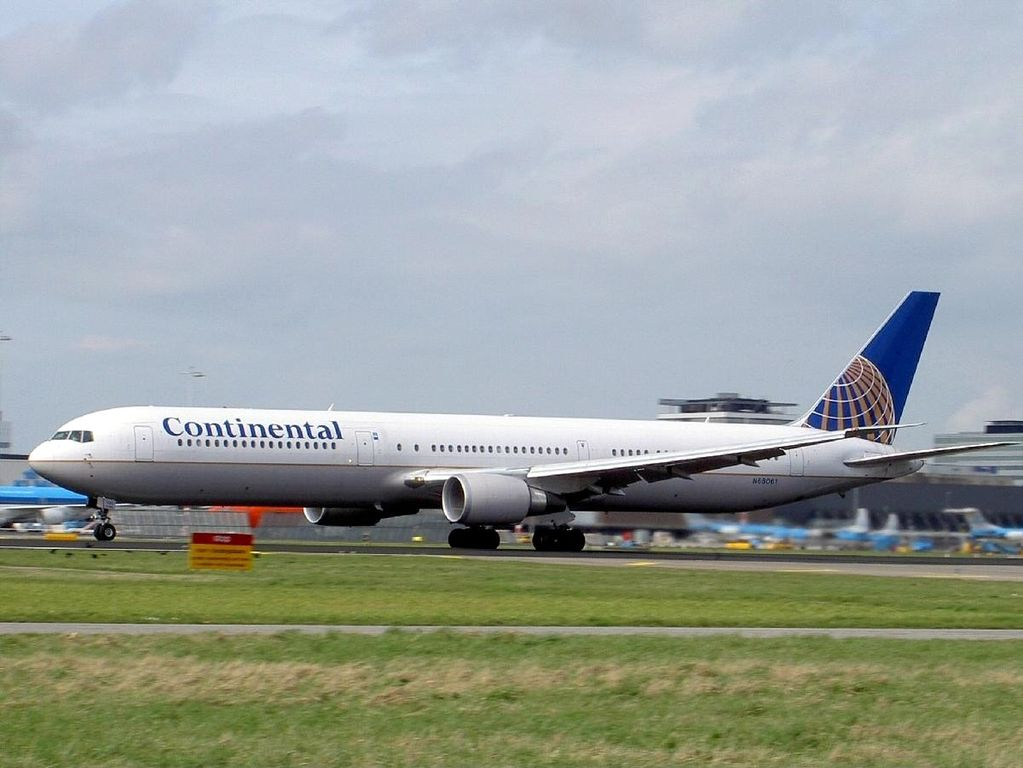 Boeing 767 424ER cnserial number 29456868 United Airlines Fleet N68061 ex Continental at Amsterdam Schiphol