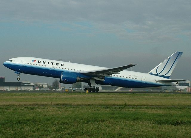 Boeing 777 222 United Airlines Aircraft Fleet N775UA landing and takeoff at AMS Amsterdam Schiphol Netherlands