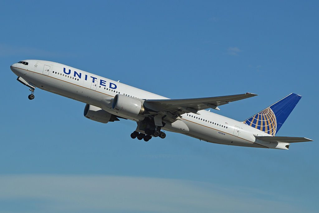 Boeing 777 222ER N215UA United Airlines Aircraft Flee departing LAX Los Angeles California