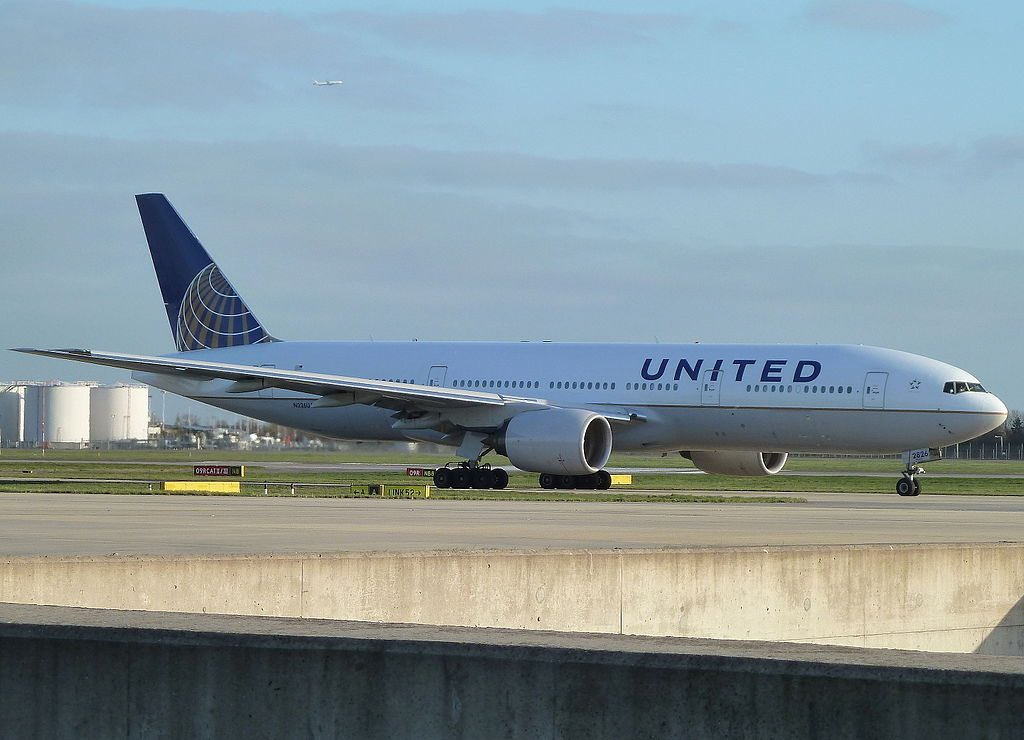 Boeing 777 222ER cnserial number 30226380 United Airlines Fleet N226UA arrival at Heathrow Airport IATA LHR ICAO EGLL