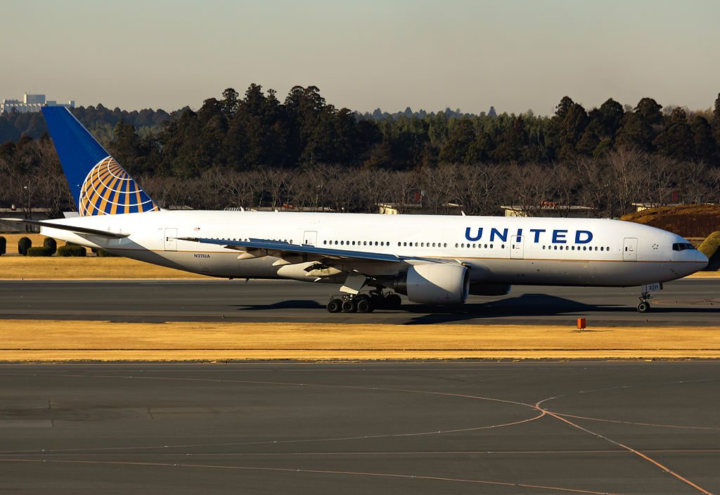 Long Haul Aircraft Boeing 777 222ER cnserial number 30217282 United Airlines Fleet N211UA at Narita International Airport IATA NRT ICAO RJAA