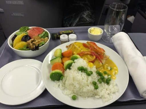 United Airlines Aircraft Fleet Boeing 767 300ER Polaris FirstBusiness Class Cabin Inflight Amenities FoodMeal Services