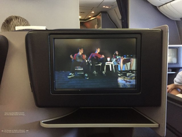 United Airlines Aircraft Fleet Boeing 777 200 BusinessFirst Class Cabin Inflight Amenities Entertaiment System IFE screen